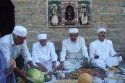 بریدن میوه در آیین گاهنباربه نماد قربانی