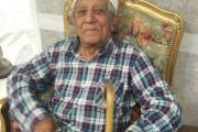 پیر سالخورده ای در سرای سالمندان