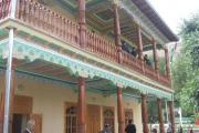 موزه بنا شده در باغ آرامگاه رودکی