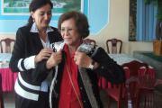 پیشکش جامه سنتی بانوان تاجیک به مهمانان