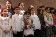 گروه سرود نوجوانان در جشن نوروز مرکز فرهنگی پاریس