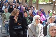 دانش آموختگان پیشین از مارکار، مادران امروز