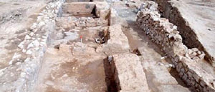 تاس و مهره تخت نرد دوران ساسانی در کازرون کشف گردید