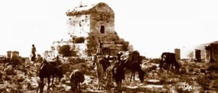آرامگاه «کوروش» یا قبر «مادر سلیمان»